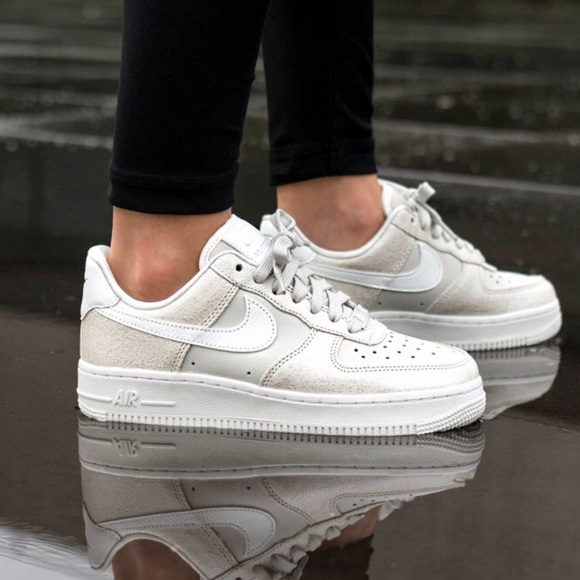 oro tierra principal proteger  Nike Shoes | Nwt Air Force 107 Prm Light Bone Wmns | Poshmark
